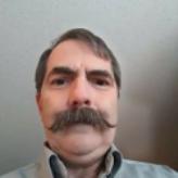 Robert L Whisenhunt